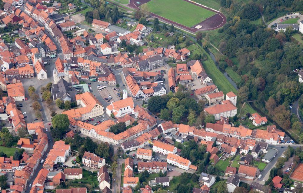 luftbild bad gandersheim altstadt und markt in bad gandersheim im bundesland niedersachsen. Black Bedroom Furniture Sets. Home Design Ideas