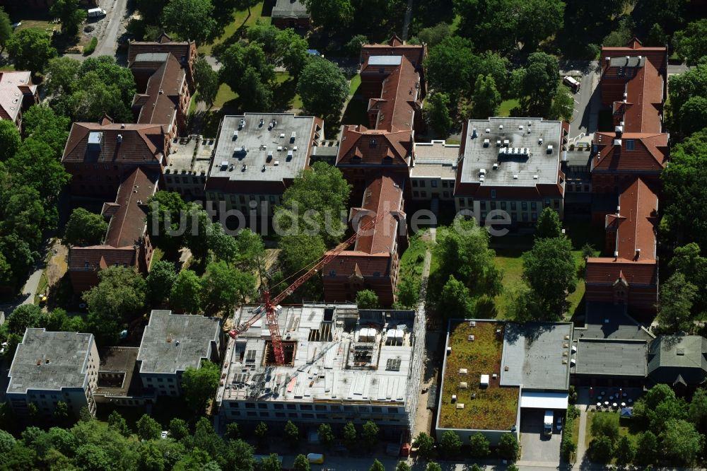 Luftbild Berlin Baustelle Für Einen Erweiterungs Neubau Auf Dem