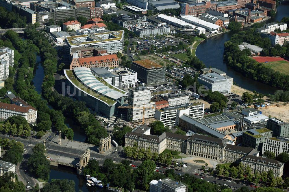 Bauunternehmer Berlin berlin oben baustelle zum neubau eines büro und