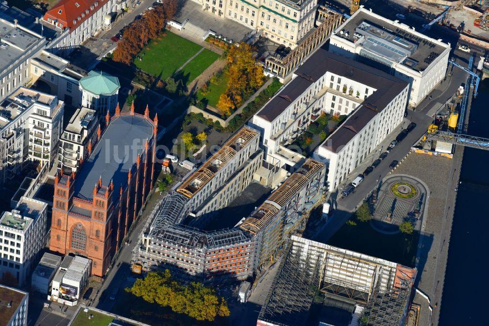 Berlin aus der vogelperspektive baustelle zum neubau for Mehrfamilienhaus berlin