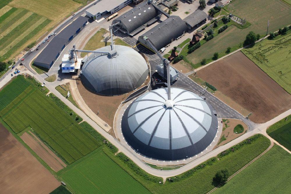 Luftbild rheinfelden die kuppelbauten saldome der for Thermalbad rheinfelden schweiz