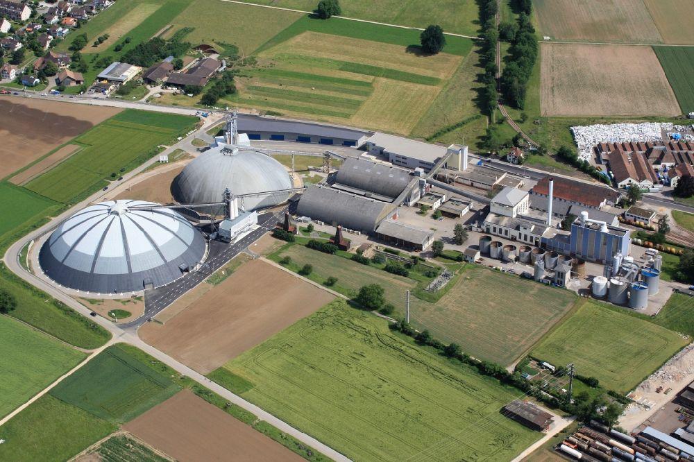 Rheinfelden aus der vogelperspektive die kuppelbauten for Thermalbad rheinfelden schweiz