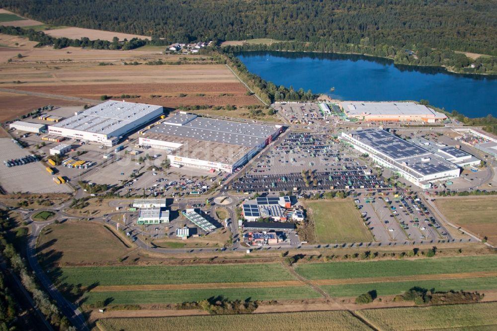 Luftaufnahme Waghäusel Einkaufs Zentrum Globus Wiesental Roller