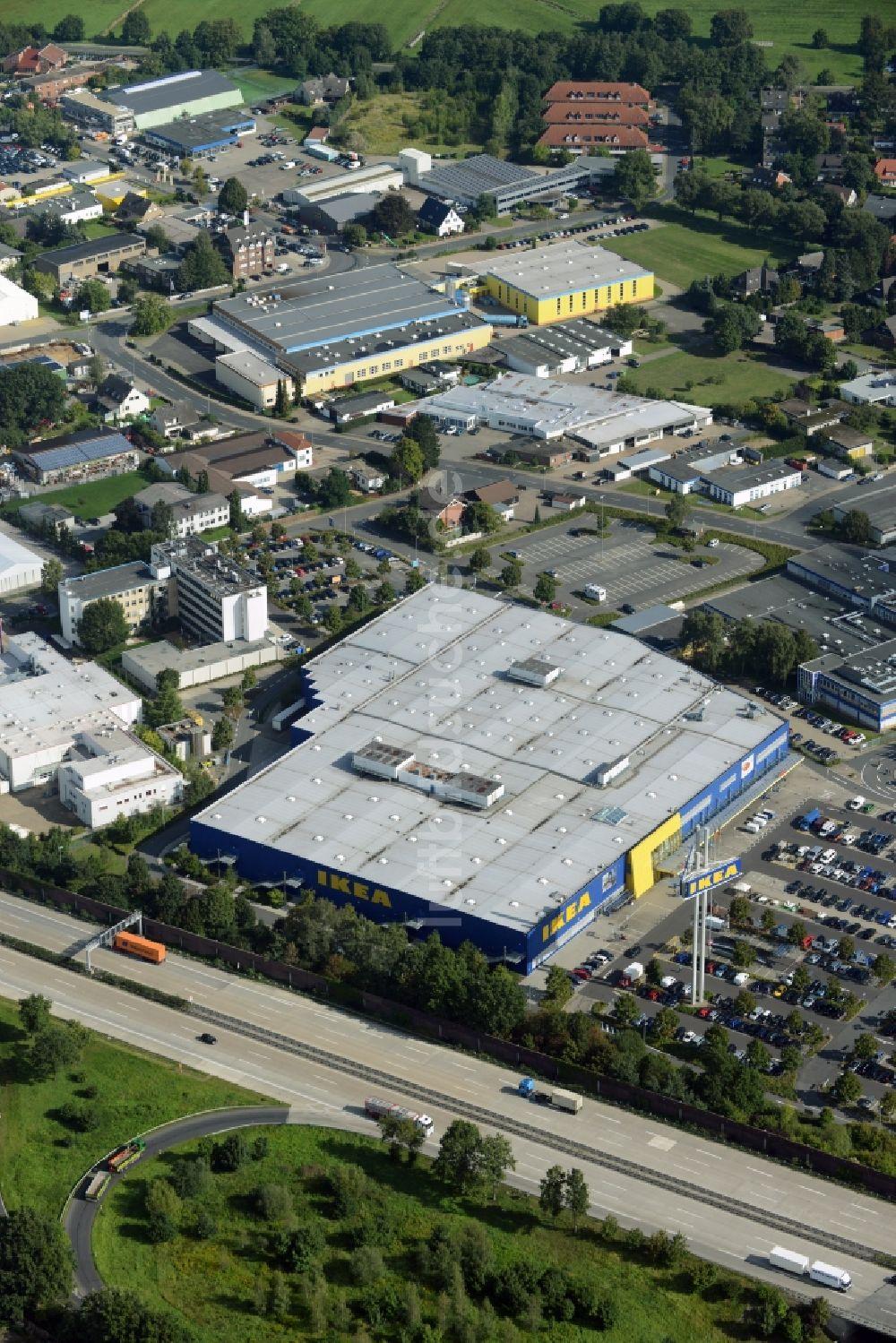Ikea Isernhagen aus der vogelperspektive gebäude des einrichtungshaus möbelmarkt