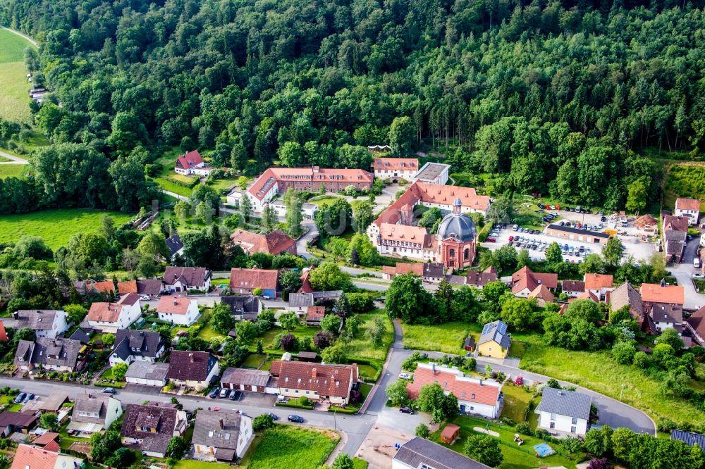 Benediktushof Holzkirchen oben gebäudekomplex des ehemaligen klosters und heutigen