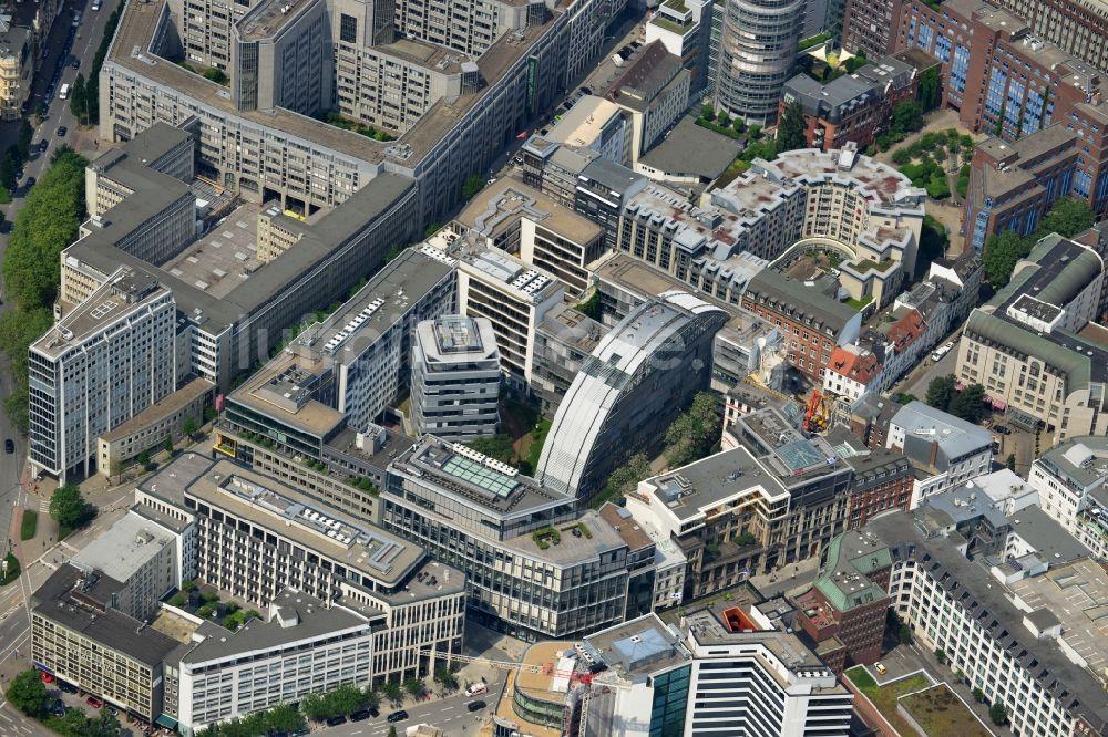 Hamburg von oben - Gebäudekomplex der Google Hamburg im Büro- und ...