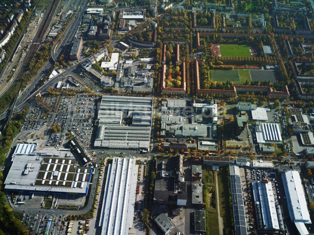 Bauhaus Schöneberg aus der vogelperspektive gewerbegebiet entlang der bessemerstraße