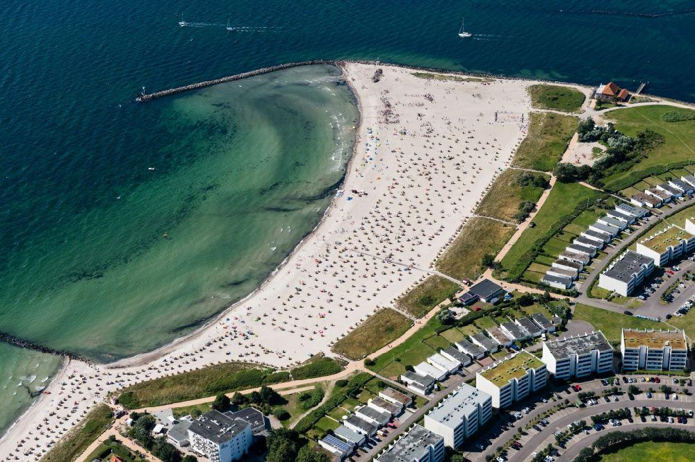 Fehmarn von oben - Meeres-Küste der Ostsee in Burg auf ...