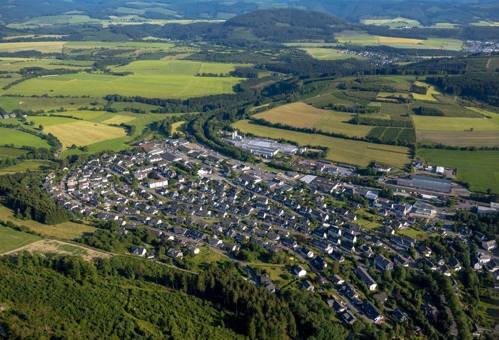 Schmallenberg ot bad fredeburg von oben ortsteilansicht for Schaukelstuhl bad fredeburg