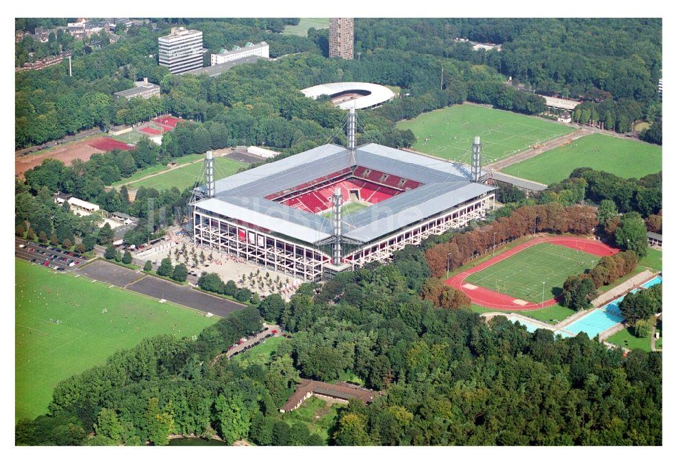Parken Rheinenergiestadion Köln