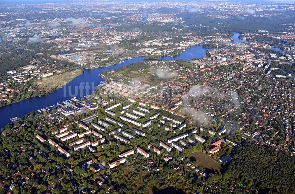 Luftbild Berlin Von Wolken überzogene Stadtansicht Mit Blick über