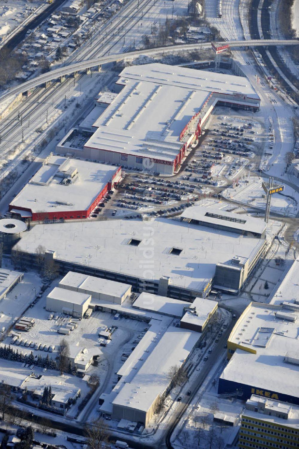 Luftaufnahme Berlin Winterlich Verschneiter Ikea Neubau Berlin Spandau