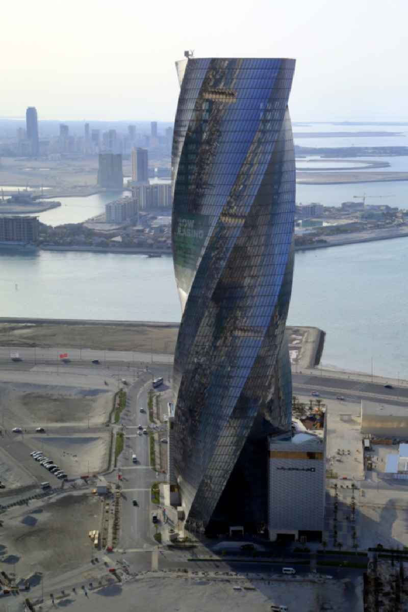 Hochhaus Hotel Wyndham Grand Manama an der Sea Front in Manama in Capital Governorate, Bahrain
